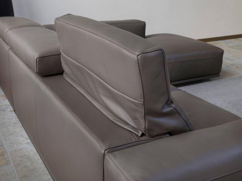 Bạn luôn có thể lựa chọn được bộ sofa da phù hợp với phong cách nội thất của nhà mình.